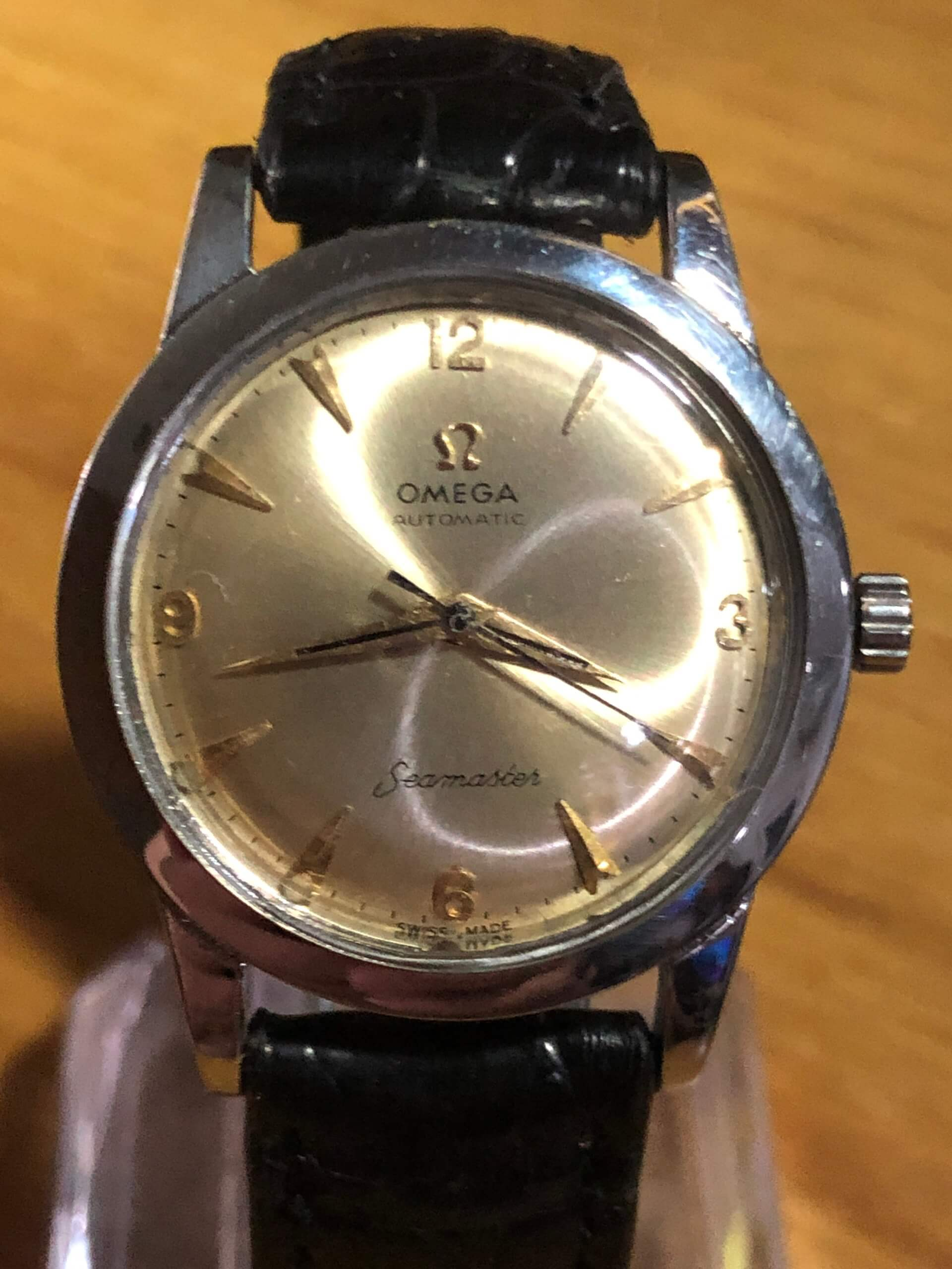 It is OMEGA SEAMASTER BUMPER Cal.354 VERY RARE